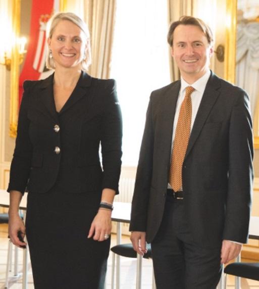 Vorstandsobmann DI Stefan Hutter wurde für weitere fünf Jahre neu bestellt und DI Alexandra Petermann MA MRICS als operative Vorständin gewählt.